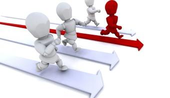<p style=text-align: justify;>En el mercado empresarial actual, muchas son las compañías que no encuentran la manera de <strong>diferenciarse de la competencia</strong> o que tienen dificultades en encontrar lo que las hace únicas. Por eso, a continuación te damos algunos consejos para <strong>que logres llevar a tu compañía a lo más alto</strong> y además, te diferencies.<br/><br/></p><p style=text-align: justify;></p><p><strong>Lee también</strong><br/><a style=color: #ff0000; text-decoration: none; title=5 formas de destacar tu marca personal en tu currículum href=https://noticias.universia.com.ar/en-portada/noticia/2014/01/16/1075255/5-formas-destacar-marca-personal-curriculum.html>» <strong>5 formas de destacar tu marca personal en tu currículum</strong></a><br/><a style=color: #ff0000; text-decoration: none; title=4 pasos para posicionar una marca en el mercado href=https://noticias.universia.com.ar/empleo/noticia/2012/10/29/977812/4-pasos-posicionar-marca-mercado.html>» <strong>4 pasos para posicionar una marca en el mercado</strong></a><br/><a style=color: #ff0000; text-decoration: none; title=8 tips para crear una marca personal exitosa href=https://noticias.universia.com.ar/empleo/noticia/2012/12/19/989787/8-tips-crear-marca-personal-exitosa.html>» <strong>8 tips para crear una marca personal exitosa</strong></a></p><p style=text-align: justify;><br/><br/></p><h4 style=text-align: justify;>Ofrecé soluciones</h4><p style=text-align: justify;>Para diferenciarse en primer lugar hay que <strong>conocer las necesidades, problemas y deseos de un grupo importante de personas</strong>, para luego buscar la mejor solución. Un error que muchos cometen es ofrecer un producto o servicio que la empresa piensa que el cliente necesita, en vez de considerar lo que él o ella, cree necesitar.</p><p style=text-align: justify;></p><p style=text-align: justify;></p><h4 style=text-align: justify;>Superá las expectativas de tus clientes</h4><p style=text-align: justify;>Una vez 