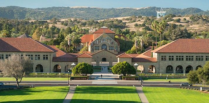 Stanford ofrece 20 cursos online gratuitos.