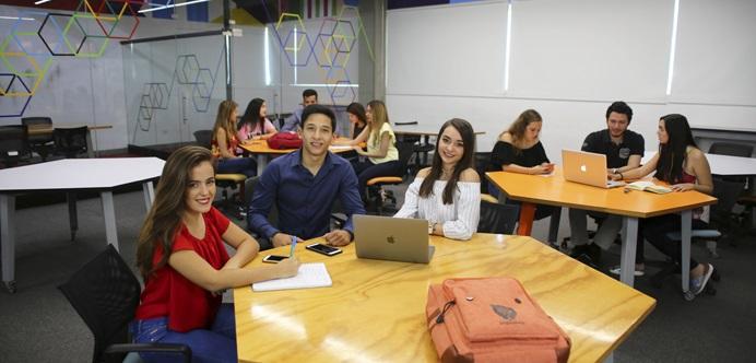 U-ERRE Universidad Regiomontana