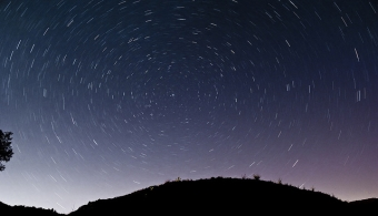 5 aplicaciones para hacer un viaje por el Universo