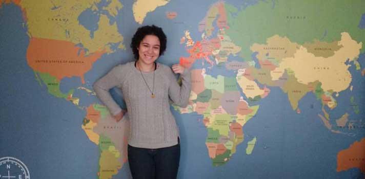 25 estudantes do ensino secundário brasileiro procuram Famílias de Acolhimento em todo o país