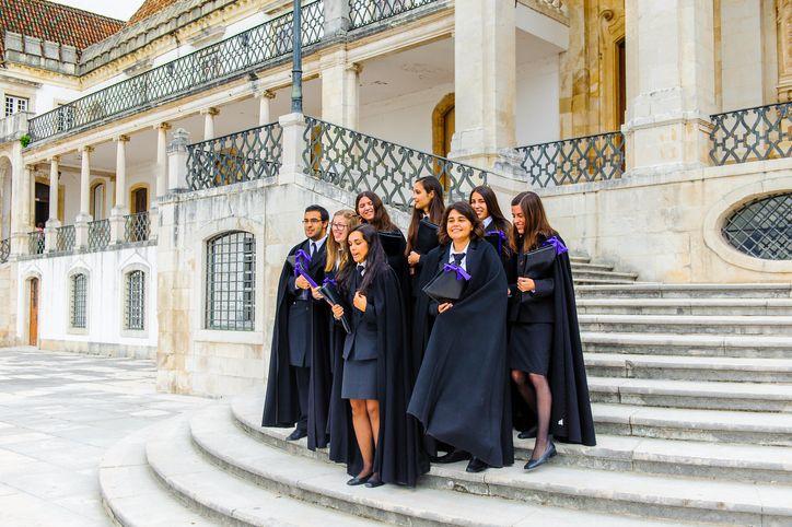 Apostilha para estudantes brasileiros em Portugal