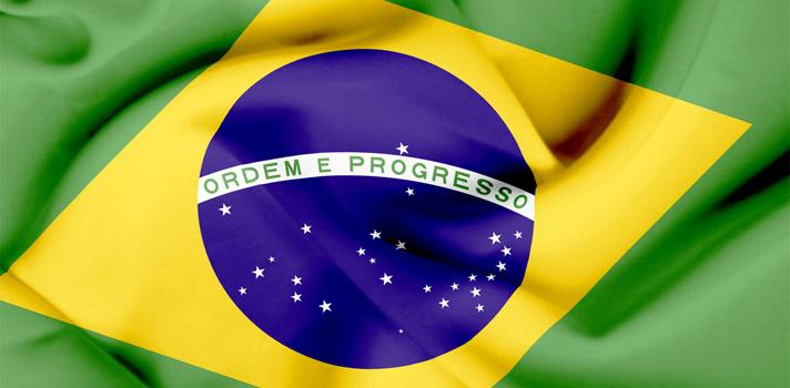 <p>La <strong>Universidad Federal de Integración Latinoamericana (UNILA)</strong> es una institución brasileña pública y gratuita, ubicada en Foz do Iguaçu, que todos los años abre una convocatoria a <strong>becas para estudiantes de la región interesados en estudiar una carrera de grado en Brasil</strong>. Dado su carácter público, la universidad no cobra matrícula o tasa. Además, <strong>no es requisito tener conocimiento del idioma portugués</strong>. Las clases son dictadas en portugués y en español.</p><p>Los estudiantes que hayan finalizado la educación secundaria y que estén interesados en estudiar alguna de las <strong>29 carreras de grado que ofrece la universidad </strong>(incluye medicina, ingeniería, arquitectura, economía, historia, relaciones internacionales y cine, entre muchas otras más) tienen tiempo <strong>hasta el 25 de junio para postularse</strong>. Es importante destacar que las becas no cubren alojamiento, alimentación o costos de vida durante la estancia del estudiante.</p><p>Para postular, al 15 de febrero de 2018 deberá tener 18 años de edad, tener un rendimiento mínimo del 60%.</p><p>Una vez seleccionados, los alumnos tendrán la posibilidad de participar de un Curso de Acogida Lingüística y Cultural en la modalidad a distancia, que permite tener un primer contacto con el idioma portugués y con el ambiente universitario.</p><p>Todo el proceso de solicitud se realiza online, por lo que el estudiante seleccionado solo deberá viajar a Brasil en febrero de 2018 para matricularse y comenzar las clases.</p><p>A continuación, podrás conocer en detalle los <a href=https://www.unila.edu.br/sites/default/files/files/CarrerasUNILA_19-04-2017.pdf title=Becas UNILA 2018 target=_blank rel=menofollow>programas de las 29 carreras que ofrece la UNILA para cursar en 2018</a>.</p><p>Para más información, consultá las <a href=https://unila.edu.br/documentos/system/tdf/arquivos/editais/convocatoria_no_09_2017_-_proceso_de_seleccion_de_estudiantes_extranjeros_-