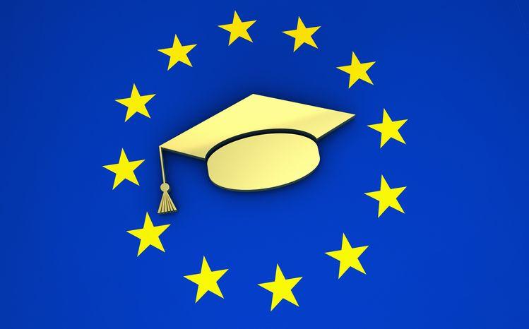 Os ECTS integram a ideia de conceber, descrever e determinar programas de estudo.