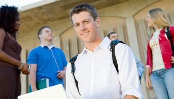 <p style=text-align: justify;>Se trata de la sexta Ronda de Innovación: Financiación de Subvención, dirigida a instituciones de educación superior (IES), que promuevan estudios en el exterior o programas de movilidad académica en cualquier cambio, entre las instituciones del Hemisferio Occidental. <strong>El concurso estará abierto entre el 15 de enero y el 6 de marzo de 2015.</strong></p><p style=text-align: justify;></p><p style=text-align: justify;><strong>Lee también:</strong></p><p style=text-align: justify;><a style=color: #ff0000; text-decoration: none; title=Infografía: 30 elementos a considerar sobre Estados Unidos al decidir partir a estudiar o trabajar allí 19/05/2014 href=https://noticias.universia.net.co/en-portada/noticia/2014/05/19/1096911/infografia-30-elementos-considerar-unidos-decidir-partir-estudiar-trabajar-alli.html>» <strong>Infografía: 30 elementos a considerar sobre Estados Unidos al decidir partir a estudiar o trabajar allí</strong></a><br/><a style=color: #ff0000; text-decoration: none; title=Infografía: las 30 cosas que tenés que saber antes de ir a Canadá a trabajar o estudiar href=https://noticias.universia.net.co/en-portada/noticia/2014/05/12/1096391/infografia-30-cosas-tenes-saber-ir-canada-trabajar-estudiar.html>» <strong>Infografía: las 30 cosas que tenés que saber antes de ir a Canadá a trabajar o estudiar</strong></a> <br/><a style=color: #ff0000; text-decoration: none; title=Los colombianos prefieren estudiar un posgrado en Europa href=https://noticias.universia.net.co/movilidad-academica/noticia/2014/12/01/1116172/colombianos-prefieren-estudiar-posgrado-europa.html>» <strong>Los colombianos prefieren estudiar un posgrado en Europa</strong></a></p><p style=text-align: justify;></p><p style=text-align: justify;>El presidente de Estados Unidos, Barack Obama, lanzó en 2011 el programa 100.000 Strong in the Americas, con el objetivo de <strong>aumentar los estudios universitarios internacionales en América Latina y el Caribe</strong>