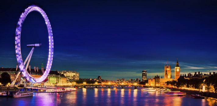 A Universidade Queen Mary, de Londres, na Inglaterra, está com inscrições abertas para o seu <a href=https://noticias.universia.com.br/estudar-exterior/noticia/2016/08/24/1143032/universidade-da-bolsas-estudo-15-mil-euros-mestrado-holanda.html title=Universidade dá bolsas de estudo de 15 mil euros para mestrado na Holanda>programa de bolsas de estudo internacionais para pós-graduação</a>, voltadas para as <strong>áreas da ciência e engenharia</strong>. A iniciativa tem como objetivo premiar alunos com bom desempenho acadêmico e <strong>atrair estudantes internacionais de destaqu</strong>e. Neste ano, os interessados poderão solicitar a bolsa até <strong>31 de dezembro</strong>. <blockquote style=text-align: center;>Veja mais bolsas de estudo<a href=bolsas.universia.net title=Bolsas Universia target=_blank>aqui</a></blockquote><p><span style=color: #333333;><strong>Você pode ler também:</strong></span><br/><a href=https://noticias.universia.com.br/estudar-exterior/noticia/2016/09/01/1143252/inscrices-bolsas-programa-formula-santander-terminam-dia-20-setembro.html title=Inscrições para bolsas do Programa Fórmula Santander terminam no dia 20 de setembro>» <strong>Inscrições para bolsas do Programa Fórmula Santander terminam no dia 20 de setembro</strong></a><br/><a href=https://noticias.universia.com.br/estudar-exterior/noticia/2016/08/31/1143196/capes-prorroga-prazo-inscricao-200-bolsas-doutorado-exterior.html title=Capes prorroga prazo de inscrição para 200 bolsas de doutorado no exterior>» <strong>Capes prorroga prazo de inscrição para 200 bolsas de doutorado no exterior</strong></a><br/><a href=https://noticias.universia.com.br/estudar-exterior title=Todas as notícias sobre Bolsas de estudo e prêmios>» <strong>Todas as notícias sobre bolsas de estudo e prêmios<br/><br/></strong></a></p><p>As<strong> bolsas de estudo para Londres</strong>, na Universidade Queen Mary, <strong>têm valor equivalente a 5 mil libras</strong> e vale para os cursos das Escolas de Biologia 