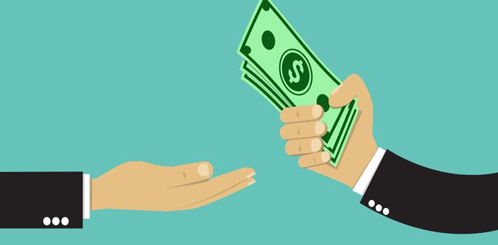 <p>Atención<strong> jóvenes puertorriqueños de hasta 22 años que tengan una idea o proyecto innovador</strong> que sueñen poder llevar adelante. El programa de <strong>Becas Thiel</strong> es una iniciativa de la Fundación Thiel, creada por el cofundador de Pay Pal, Peter Thiel, que <strong>ofrece hasta $100,00 para hacer que tu sueño se convierta en realidad</strong>.</p><p>Desde 2011 que se lleva adelante este programa, el cual <strong>ofrece entre 20 y 30 becas al año</strong>.</p><p>Además del monto económico, la beca incluye otros beneficios, como son: apoyo a los jóvenes para el desarrollo de los proyectos; a quienes se les presentarán inversores con los cuales podrán compartir sus ideas con la intención de poder obtener ayudas económicas. Además, asistirán a encuentros con especialistas organizados por la Fundación y recibirán recomendaciones de libros, entre otras cosas más.</p><p>Para postularse <strong>no es requisito tener una empresa o haber desarrollado un proyecto de forma completa</strong>. Bastará con poder demostrar la propuesta y su potencial.</p><p>Si el postulante está cursando estudios universitarios, para poder recibir el beneficio deberá pausarlos durante dos años para dedicarse al desarrollo del proyecto.</p><p>No hay fecha límite para inscribirse. Por lo tanto, si cuentas con alguna idea o proyecto interesante puedes postularte las veces que desees <a href=https://thielfoundation.submittable.com/submit/45338 title=Becas Thiel target=_blank rel=menofollow>aquí</a>.</p><p>El ganador puede <strong>utilizar los 100,000 libremente</strong> y de la manera que considere, ya que no es requisito demostrar cómo utilizó el beneficio.</p><p>Por más información, consulta las <a href=https://thielfellowship.org/ title=Becas Thiel target=_blank rel=menofollow>bases completas</a>.</p><p></p>