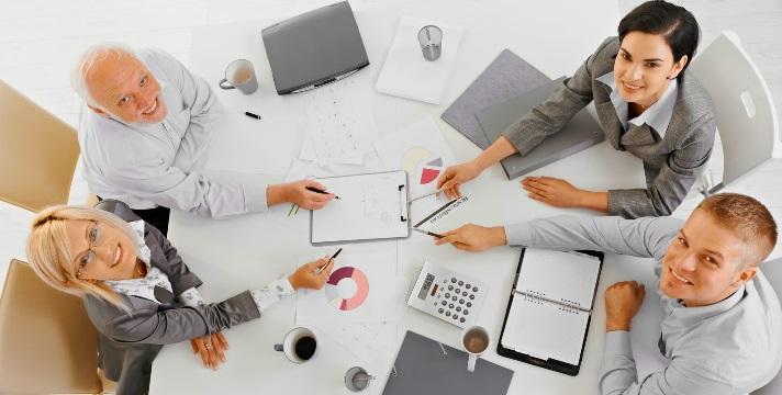 Es importante incentivar el trabajo en equipo y la colaboración entre empleados