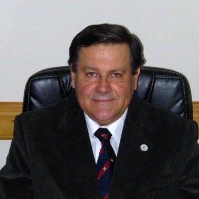 Dr. Mario A.