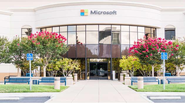 Por qué Google ficha a la expresidenta de Microsoft España