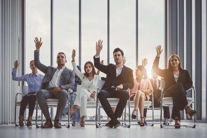 Existem 6 tipos principais de líder, e o democrático é o que está mais em voga