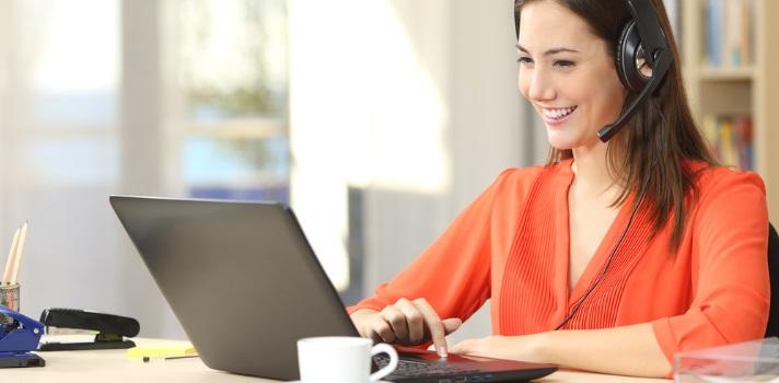 Apesar de ser virtual, prepare-se como se estivesse frente a frente com seu entrevistador