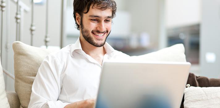 El trabajo en remoto te facilitará combinar empleos y organizar tus jornadas de trabajo