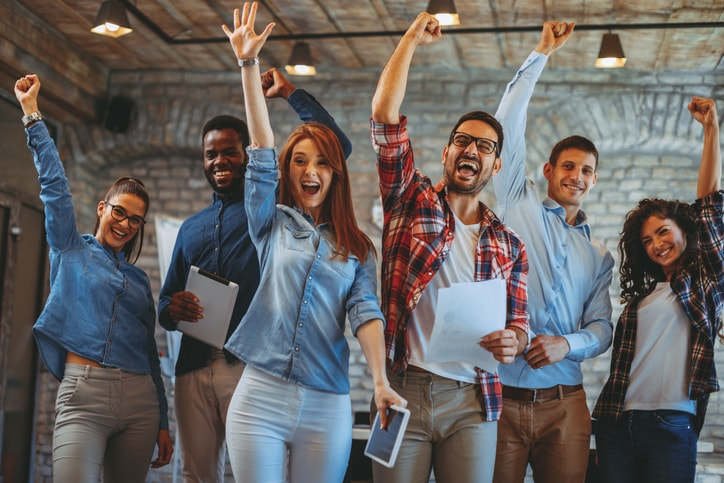 Um líder de sucesso é capaz de transformar um grupo em uma verdadeira equipe.