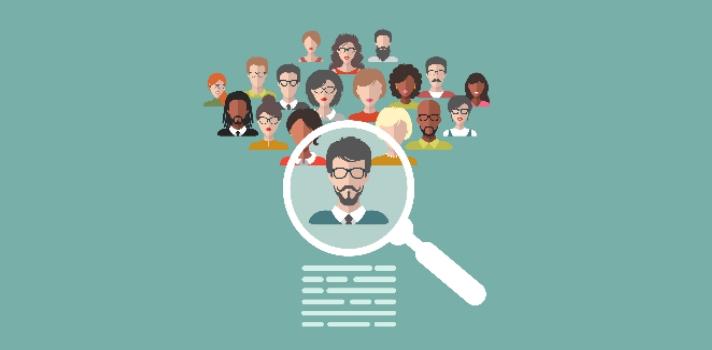 <p>La Universidad de Chile ofrece a través de la plataforma Coursera un <strong>curso online gratuito</strong> dirigido a estudiantes universitarios en el que <strong>aprenderán a mejorar sus estrategias de presentación e inserción en el mercado laboral</strong> a partir de lo que son las habilidades que demanda el mercado en la actualidad.</p><div class=lead><h3>50 consejos para simplificar tu búsqueda de empleo</h3><img src=https://imagenes.universia.net/gc/net/images/practicas-empleo/e/eb/ebo/ebook-50-consejos.jpg alt=50 consejos para simplificar tu búsqueda de empleo. title=50 consejos para simplificar tu búsqueda de empleo. class=alignleft/><p>Porque sabemos que encontrar empleo no es sencillo, te enseñamos lo que debes saber para que esta búsqueda se facilite. En este ebook aprenderás todo lo necesario sobre: red de contactos, marca personal, gestión de tus redes sociales, realización y gestión del CV y carta de presentación.</p><div class=clearfix></div><p><a href=/downloadFile/1146190 class=enlaces_med_registro_universia button button01 title=50 consejos para simplificar tu búsqueda de empleo target=_blank onclick=ga('ulocal.send', 'event', 'DescargaFicherosBajoLogin', '/net/privateFiles/2016/10/15/50-consejos-para-simplificar-busqueda-de-empleo.pdf' ,'Paso1AntesDeLogin'); id=DESCARGA_EBOOK rel=nofollow>Regístrate GRATIS y comienza a aprender</a></p></div><p>A lo largo del curso, los estudiantes <strong>aprenderán a elaborar un currículum y a desenvolverse en una entrevista laboral</strong>, incluyendo la presentación de sus antecedentes laborales y/o académicos en distintos contextos.</p><p>Este MOOC tiene una duración de ocho semanas en las cuales se verán, entre otros puntos, las habilidades que el mercado laboral valora, tips para la elaboración y presentación del currículum y consejos para afrontar la entrevista de trabajo.</p><p>El curso es totalmente gratuito y ofrece la posibilidad de obtener un certificado por $49.</p><p>Para más información e inscr