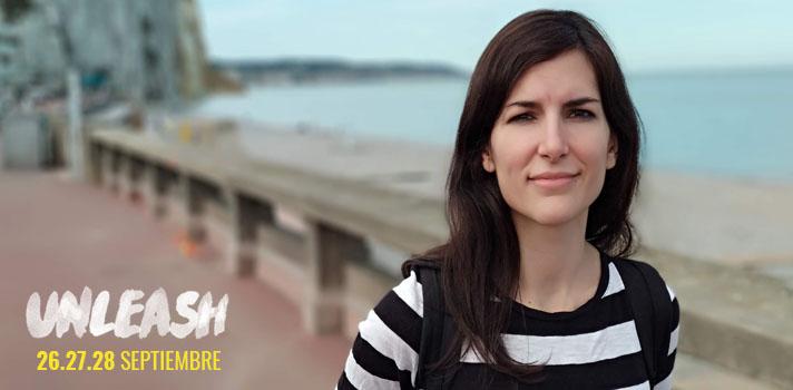 Nieves Ábalos es ingeniera de interfaces conversaciones y una de las emprendedoras menores de 30 años más influyentes de España