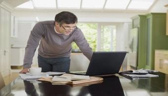 Reducir los conflictos entre el trabajo y la familia en la oficina ayuda a dormir mejor