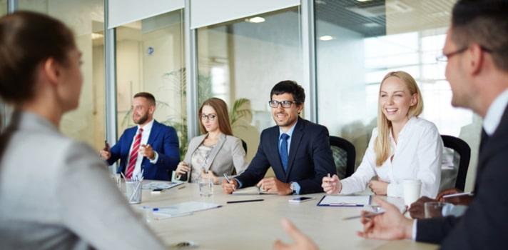 5 carreras universitarias relacionadas con el mundo empresarial que puedes estudiar