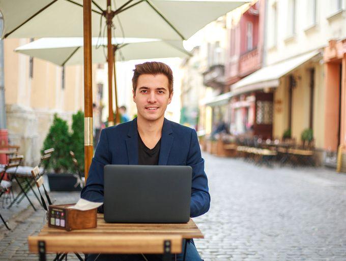 imagen de noticias de empleo en empresas