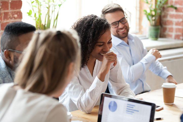 Uma boa gestão de pessoas significa um ambiente de trabalho melhor e mais produtividade e eficiência.