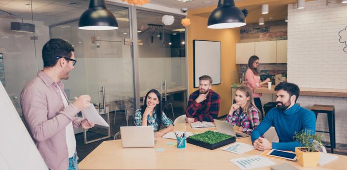 Emplea tu experiencia profesional para detectar tendencias en el mercado laboral