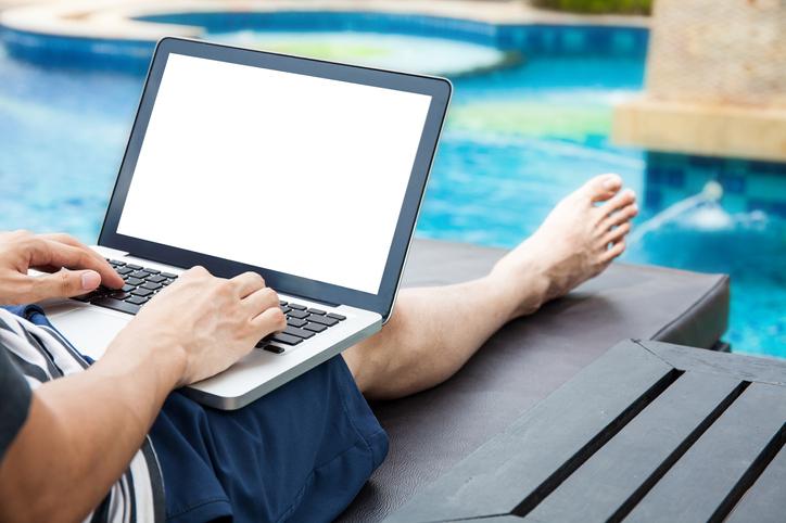 El nómada digital y las 4 dificultades más habituales a las que se enfrenta (y cómo resolverlas)