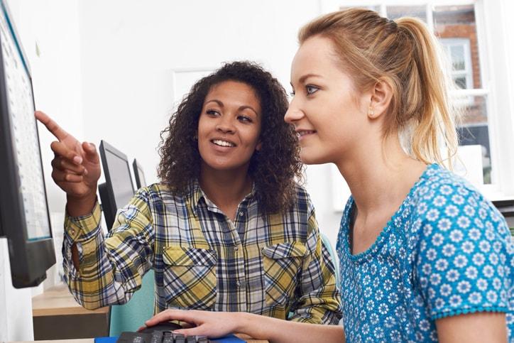 Cómo buscar unas prácticas profesionales en tu sector profesional