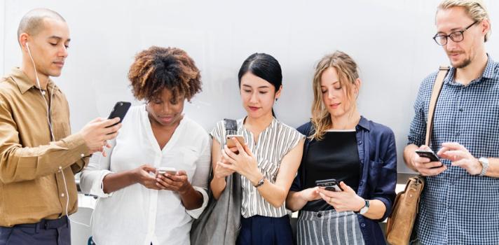 El abuso de las redes sociales condiciona la evolución y rendimiento de muchos estudiantes
