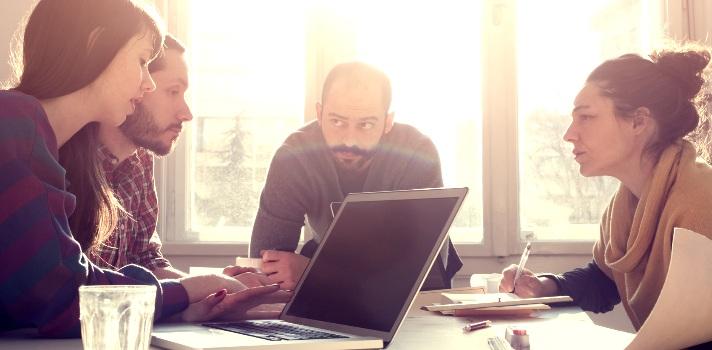 ¿Cuál es la carrera profesional para gente que trabaja en recursos humanos?