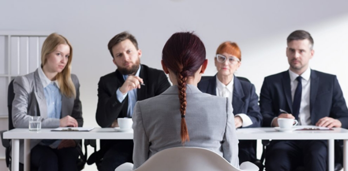 Aprende a utilizar correctamente la comunicación no verbal en una entrevista de trabajo
