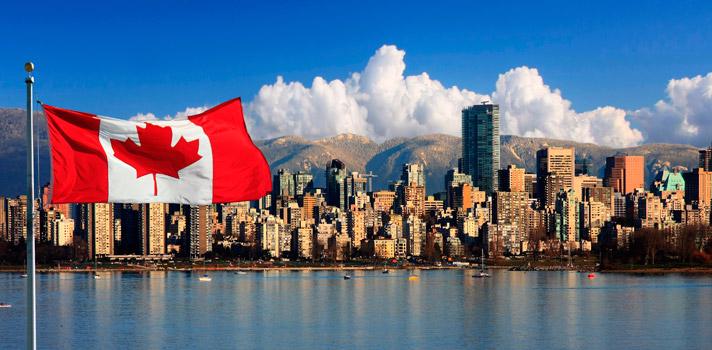 <p>Cada vez son más los <strong>jóvenes </strong>que buscan nuevas oportunidades de desarrollo en el extranjero y uno de los destinos favoritos es <a href=https://www.universia.es/estudiar-extranjero/canada/2830 title=Canadá target=_blank>Canadá</a>. Para ayudarlos en esta tarea es que Quebec International, en colaboración con el Ministerio de Inmigración, Diversidad e Inclusión lanzó el programa <strong>Misión de reclutamiento virtual de Quebec</strong> e invita a participar a jóvenes profesionales de México, Colombia y Brasil.<br/><br/></p><p>La <strong>Misión de reclutamiento virtual de Quebec</strong> es un programa que ofrece ofertas de empleo en diferentes sectores de empresas de Quebec, las cuales <strong>buscan talento extranjero</strong> para sumar a sus equipos.<br/><br/></p><p>A través de una plataforma virtual <strong>las empresas anuncian grandes oportunidades de empleo</strong> para que los profesionales mexicanos, colombianos y brasileños puedan postularse a ellas. Solo es necesario <strong>registrar el currículum</strong> e integrarlo en la base de datos para tener la oportunidad de ser contratado.<br/><br/></p><p><strong>Canadá </strong>es uno de los destinos americanos más atractivos por su <strong>calidad de vida</strong>, su desarrollo y <strong>la posibilidad de aprender tanto inglés, como francés</strong>. Dicha nación cuenta con varias Academias Kaplan, una de los centros de idiomas más prestigiosos del mundo, donde los estudiantes pueden aprender cursos como el <a href=https://www.universia.es/estudiar-extranjero/canada/curso/ingles-negocios-profesionales/8/2830 class=enlaces_med_leads_formacion title=Curso para negocios target=_blank id=KAPLAN>Curso de inglés para negocios</a> y <a href=https://www.universia.es/estudiar-extranjero/canada/curso/ano--semestre-academico/11/2830 class=enlaces_med_leads_formacion title=Curso de inglés de semestre académico target=_blank id=KAPLAN>Curso de inglés de semestre académico</a>, entre muchos otros.<br/>