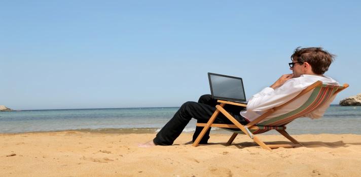 Cómo aprovechar el tiempo mientras tus compañeros siguen de vacaciones