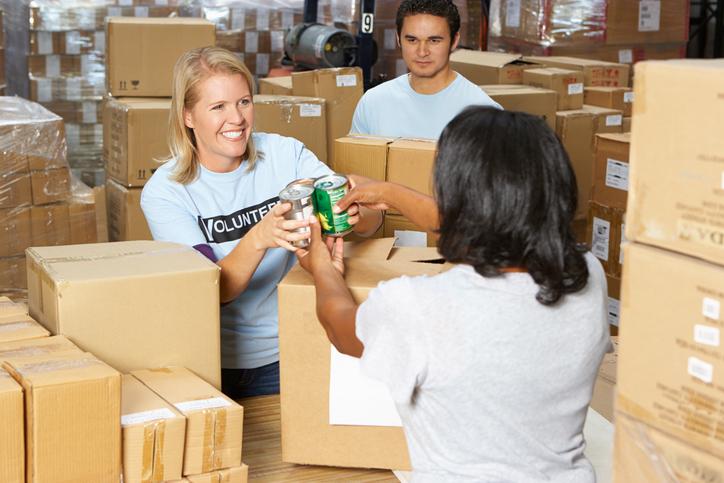 O trabalho em ONG é muitas das vezes um trabalho voluntário.