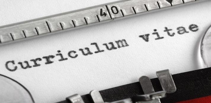Al elaborar el CV debe analizarse qué información merece la pena agregar