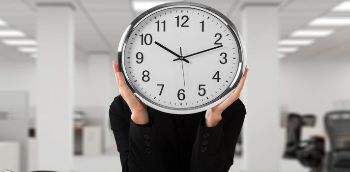 Una calculadora te ayuda a saber cuánto tiempo te queda de vigencia en el mundo laboral