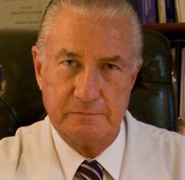 Dr. Héctor A.