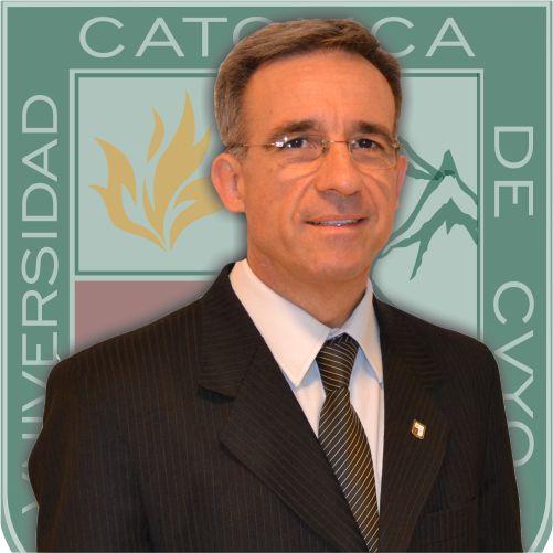 Dr. Claudio Marcelo