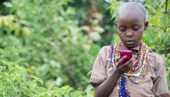 UNESCO: la lectura móvil fomenta la educación en países menos desarrollados