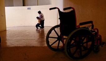 Mexicano creó un dispositivo para que personas con discapacidad puedan usar Tablet