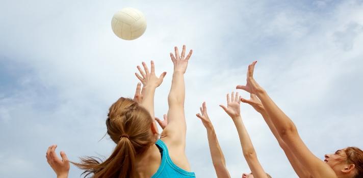 Los deporte en equipo aumentarán tu vida social y tu compromiso con los compañeros