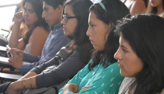 UCV desarrolló panel fórum con futuros profesionales