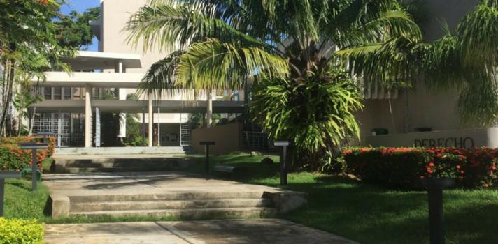 Escuela de Derecho de la UPR recibe acreditación de prestigiosa asociación AALS