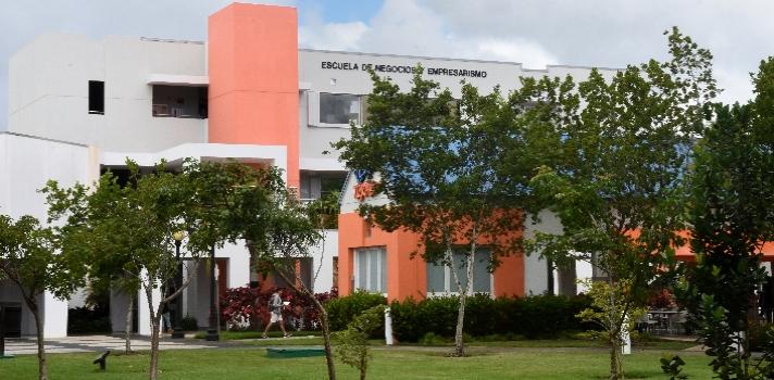 La Escuela de Negocios y Empresarismo de la Universidad del Turabo es una de las 40 mejores de América Latina