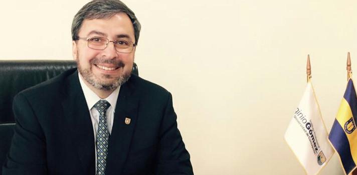 Dr. René Lagos Cuitiño, nuevo rector del IP Virginio Gómez