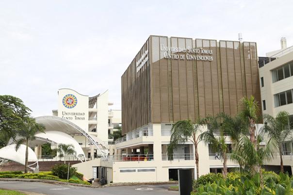 Universidad Santo Tomás - Villavicencio