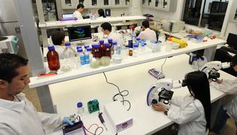 Universidad EAFIT presenta su nueva escuela de ciencias