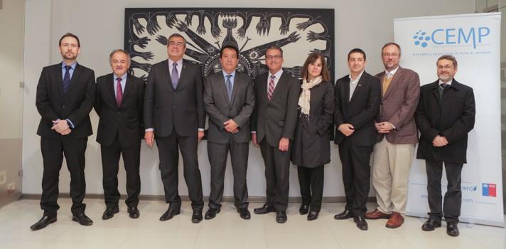 Alianza entre UTALCA y Pfizer fortalecerá investigaciones biomédicas