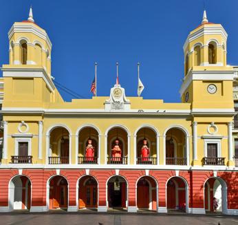 San Juan - Ayuntamiento en Plaza de Armas